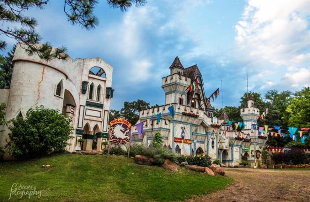 mn rennaissance festival castle
